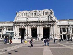 Вокзал Милан централе
