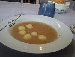 Sopa de verduras con gnocchis