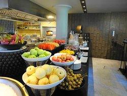 Anantara Mai Khao Phuket Villas - stunning breakfast