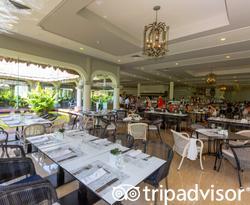 Gran Azul at the Grand Palladium Kantenah Resort & Spa