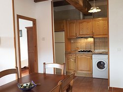Apartamento 3: zona comedor y cocina