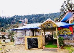 Baby bear cafe & lounge