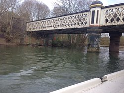 Photos from my Oxford river cruise. No dreamy spires and boathouses here. Just a lot of flytipping and construction.