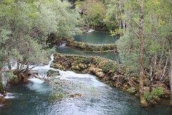 Salti nei pressi delle cascate di Martin Brod