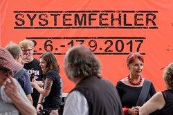 """Eröffnung der Ausstellung """"caricatura 7 - Systemfehler"""" (2017)"""