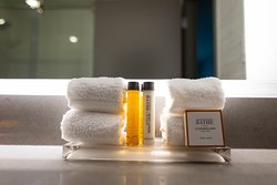 Luxurious king and queen beds are outfitted with plush luxury linens and hypoallergenic, feather pillows. Gilchrist and Soames bath amenities complete a pampered bath experience.