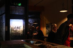 Glouglou Wine Bar & Shop