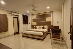 A/c Executive Room  King Bed Room Size 260 Sq ft