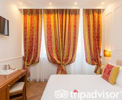 The Small Double Classic Room at the Hotel Milton Roma