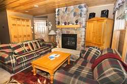 Fireweed Cottage at Skyport Lodge