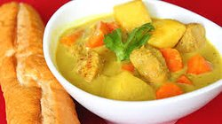 Chicken curry with coconut milk . ( Vietnamese food )