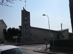 Latéral droit de l'église