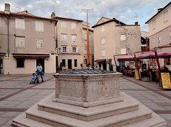 Vela Market Place