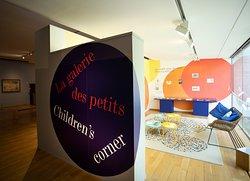 Galerie des petits : espace dédié aux enfants dans les galeries d'exposition du musée des impressionnismes Giverny.