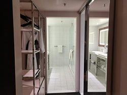 bathrooms huge