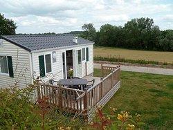 Mobile-home pour 2 personnes: terrasse avec vue