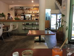 Breakfast in a tranquil cafe