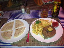 2nd night in Sri Lanka - another fab meal!