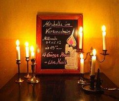 Mirabellen im Kerzenschein