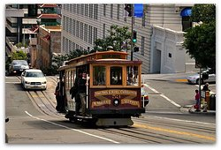 Iconic San Fran cable car ride