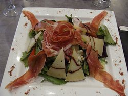 salade jambon iberico et fromage brebis