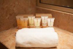 CitiClub Hotel Melbourne - Bathroom Amenities