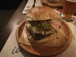 Iacolà Burger Beer