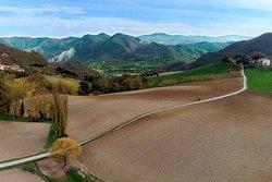 Trekking sui sentieri dell'Appennino.