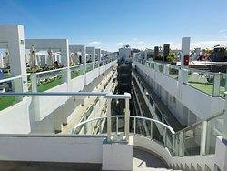 Hotel mit modernem Design - super Lage!