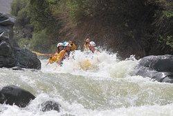Entrando a los rápidos de la casa - rio chili
