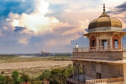 Magnificent view of Taj Mahal from Agra Fort