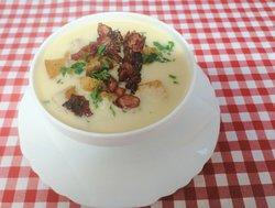 >KUCHNIA w  Relaxie< a może zupka na rozgrzewkę ? :) /Zupa krem z białych warzyw z grzankami i grillowanym boczkiem :)