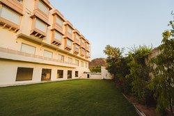 WelcomHeritage Mount Valley Resort Ranthambore