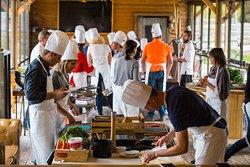 Les ateliers culinaires truffes des Lodges en Provence.