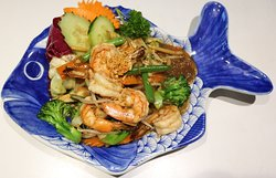 Prawns with vegetables and glass noodles
