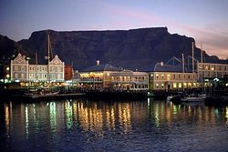 Nearby Attractions and Restaurants V&A Waterfront