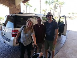 Paul Prather & wife arriving at Villa la Estancia with Juan Carlos.