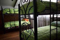 Habitacion 5, capacidad 6 camas