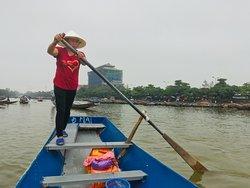 1h de barque pour découvrir ce haut de lieu de spiritualité
