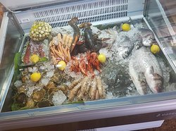 Del mar a tu mesa - Vitrina, Jardi Mar Restaurante