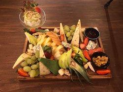 Yum Yum? Cheese & Fruit Platter !!