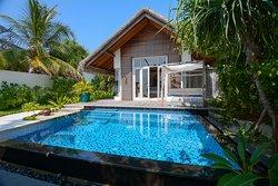 Deluxe beach villa 506