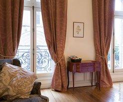 vue de la chambre sur la collégiale Saint-Léonard de Noblat, vacances, séjour familiale, historique, nouvelle-aquitaine