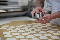 Cutting pastry