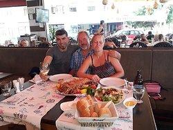 Cadde Balık Restaurant ve Misafirleri