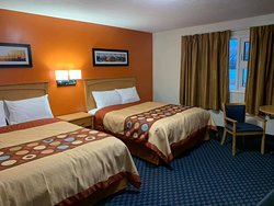 """Newley Renovated, Clean Motel with Best Price in this Aria. Complimentary Continental Breakfast, Free Parking, Free Wi Fi, Every Room Include with Fridge, Microwave, AC , Heater, 42"""" Led TV , Coffee Machine, And All Rooms have own Entrance."""
