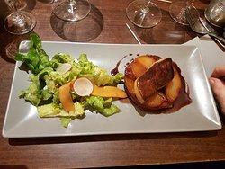 Tatin de poires et son foie gras poêlé