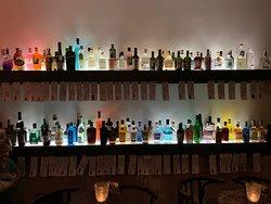 Botanical Affairs, Gin & Tonic Bar & shop