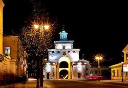 Золотые ворота. В 12 веке город Владимир начинался с этих ворот.