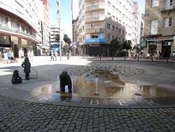Glorieta de Compostela - Fuente de los ninos